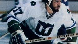 Ce joueur a été l'une des premières vedettes des Whalers de Hartford...