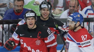 Sidney Crosby, Taylor Hall et Jordan Eberle