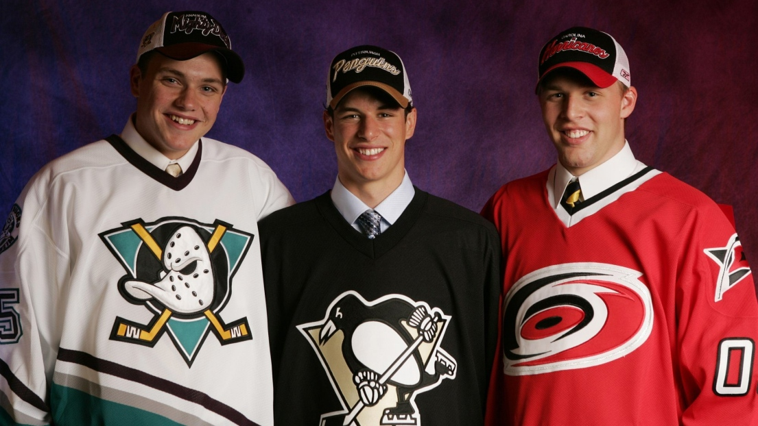 Bobby Ryan, Sidney Crosby et Jack Johnson