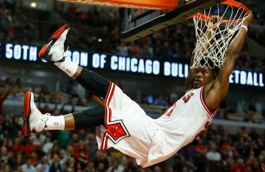 Les Bulls envoient Butler aux Timberwolves