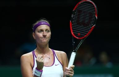 Kvitova domine Halep et avance en finale