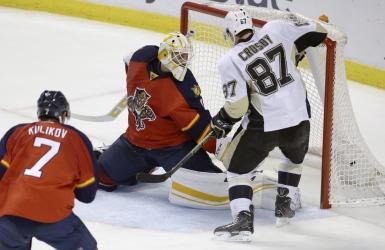 Crosby franchit le plateau des 900 points