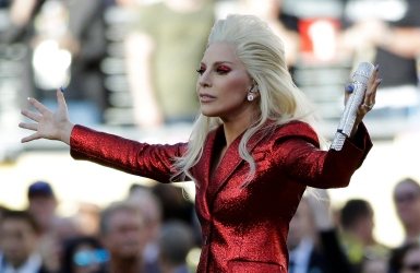 Lady Gaga en vedette au Super Bowl