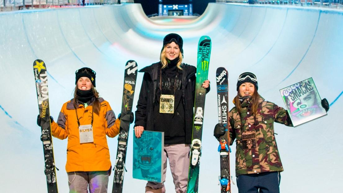 Maddie Bowman, Cassie Sharpe et Ayana Onozuka