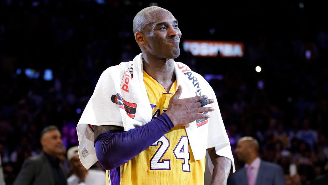 Les Lakers retirent le n°8 et le n°24 de Kobe Bryant