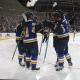 Les joueurs des Blues célèbrent un but de Vladimir Tarasenko.