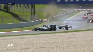 La catastrophe pour les Mercedes!