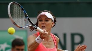 Radwanska passe au prochain tour
