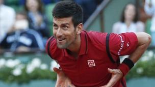 Djokovic continue sa route