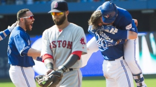 Red Sox 9 - Blue Jays 10