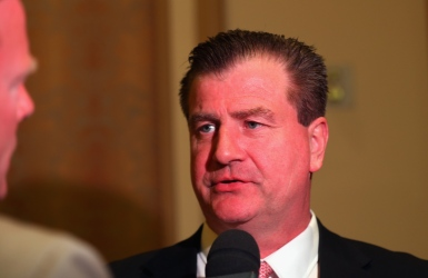 LNH : un nouveau contrat pour Jim Benning