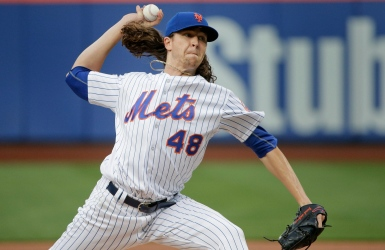 L'attaque des Mets appuie Jacob deGrom