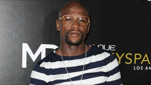 Floyd Mayweather de passage au Beach Club