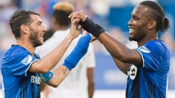 Ignacio Piatti et Didier Drogba
