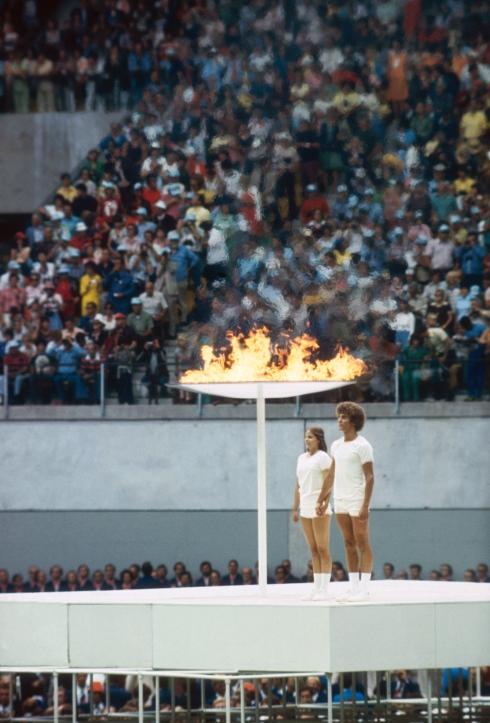 cronique de fr d ric plante flamme olympique la plus belle des courses relais. Black Bedroom Furniture Sets. Home Design Ideas
