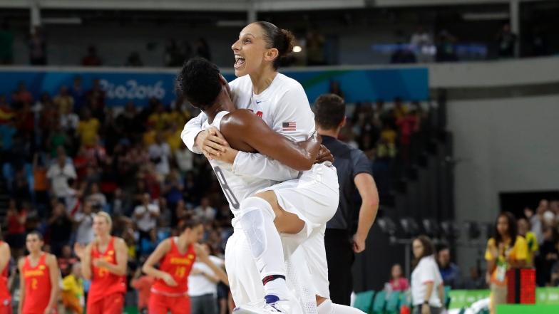 Angel McCoughtry et Diana Taurasi