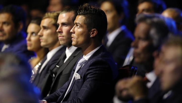 Griezmann retrouve encore Ronaldo en finale — Meilleur joueur UEFA