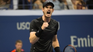 Murray avance sans difficulté