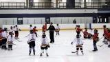 Un conflit fait rage depuis quelques saisons entre le hockey civil et le hockey scolaire