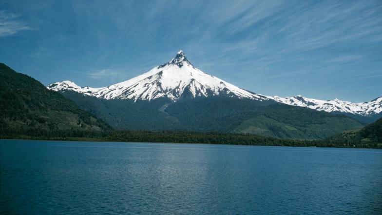 Le volcan Puntiagudo, au Chili