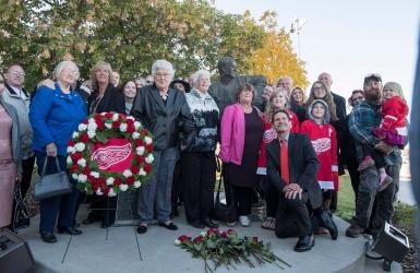 Un dernier hommage à Howe à Saskatoon