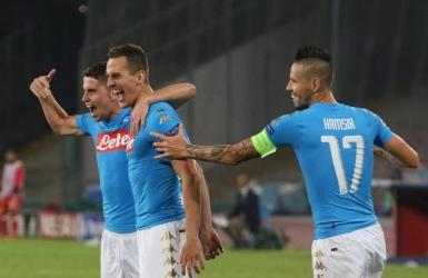 Naples assomme Benfica et se positionne déjà
