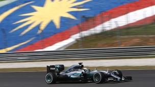 Hamilton domine la deuxième séance
