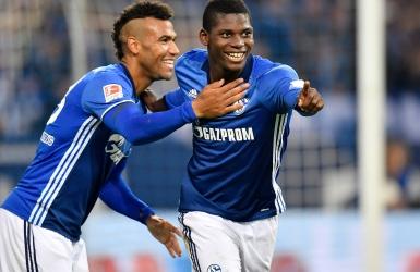Schalke marque enfin ses premiers points