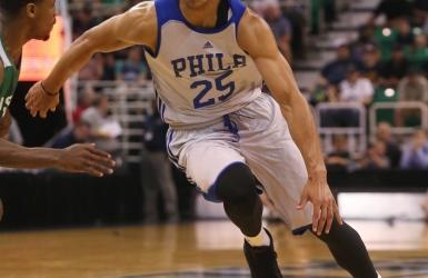 Simmons opéré au pied droit