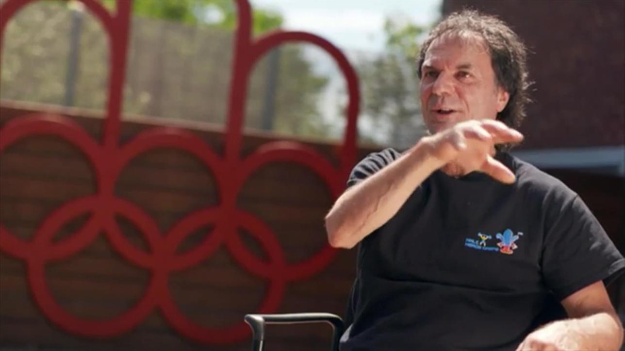 Brancher le village olympique échantillon attrayant profil de rencontre