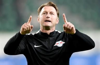 Leipzig monte sur le podium