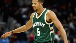 Michael Carter-Williams lors d'une rencontre avec les Bucks de Milwaukee
