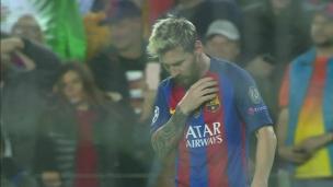 Quelle idée de laisser Messi fin seul!
