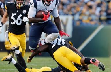 Brady et Blount se chargent des Steelers