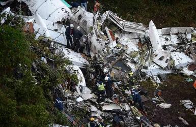 Soccer : l'avion de Chapecoense s'écrase