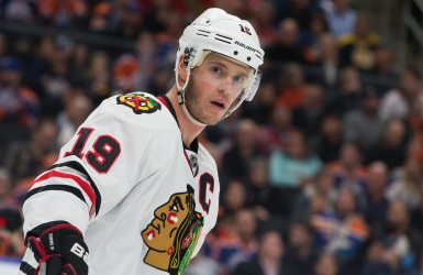 LNH : Jonathan Toews ratera un 3e match