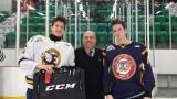Les joueurs du match CCM, Mathieu Boissonneault (remplacé par Vincent Sévigny sur la photo)