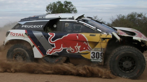 Loeb au prochain Dakar au volant d'une Toyota