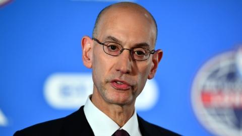 Pas de tests réguliers pour les joueurs et les entraîneurs vaccinés, dit la NBA