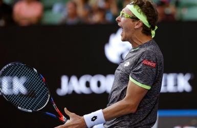 Istomin cause la surprise et élimine Djokovic