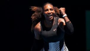 Serena passe en deux manches