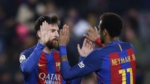 Suarez réalise une ouverture parfaite pour Lionel Messi !