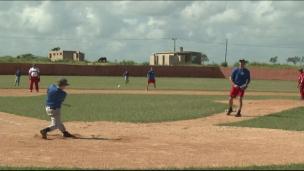 Jeunes Québécois et Cubains unis par le baseball