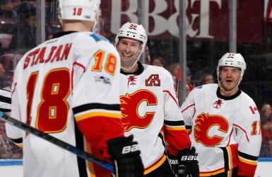 Trois victoires de suite pour les Flames