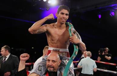 Rey Vargas s'empare du titre WBC des super-coqs