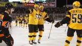 Sidney Crosby et Scott Wilson