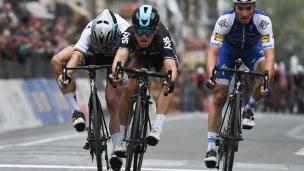 Kwiatkowski triomphe au Milan-San Remo