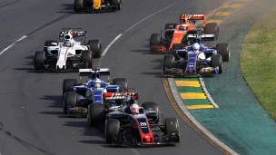 Vettel l'emporte, Stroll apprend