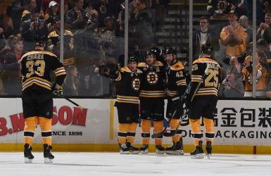 Les Bruins améliorent leurs chances