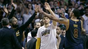 Cavaliers 130 - Celtics 86